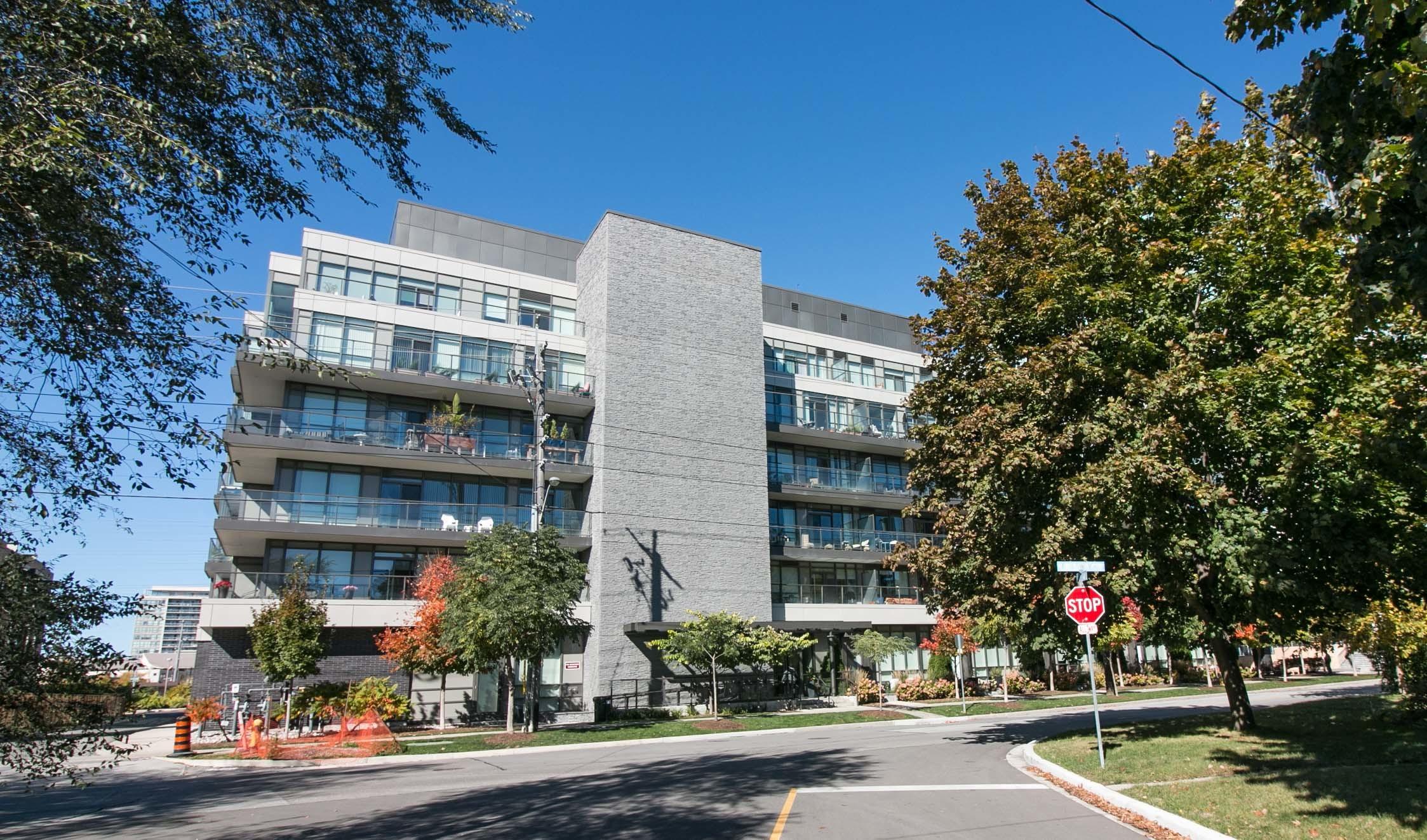 Westwood Condominums 8 Fieldway Rd Etobicoke